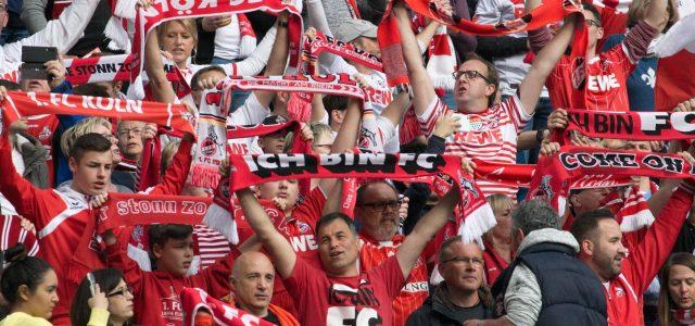 Die Fünf Stadien beim Fußball Schauen